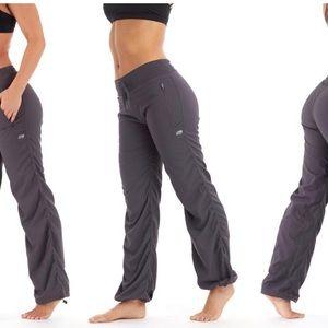 Marika L Workout pants ruched tall Zumba